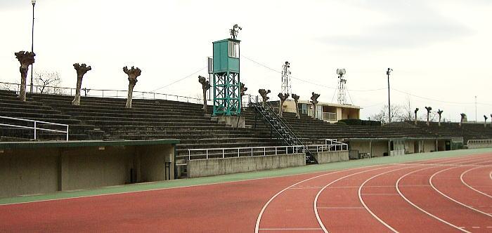 甲府市緑が丘スポーツ公園競技場...
